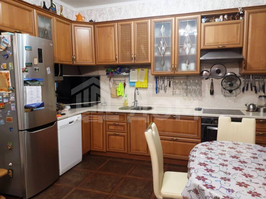 4-комн. квартиры г. Сургут, Университетская 21 (р-н Северо-восточный жилой) фото 1