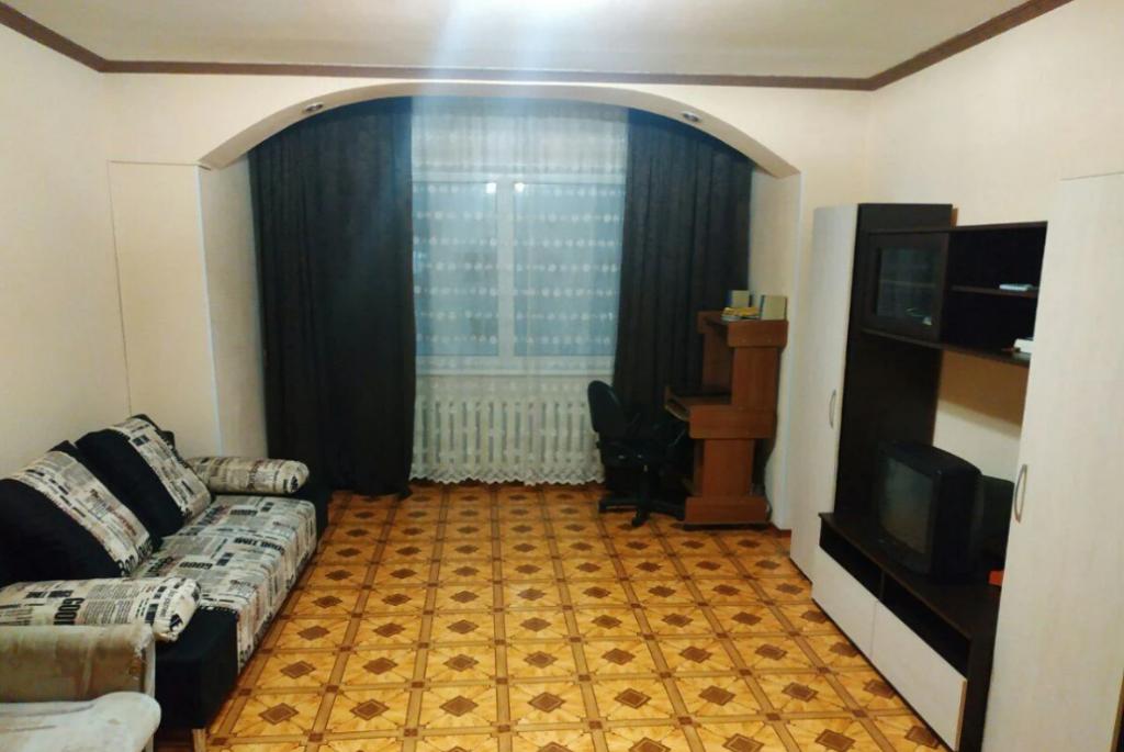 2-комн. квартиры г. Сургут, Бахилова 8 (р-н Центральный) фото 3
