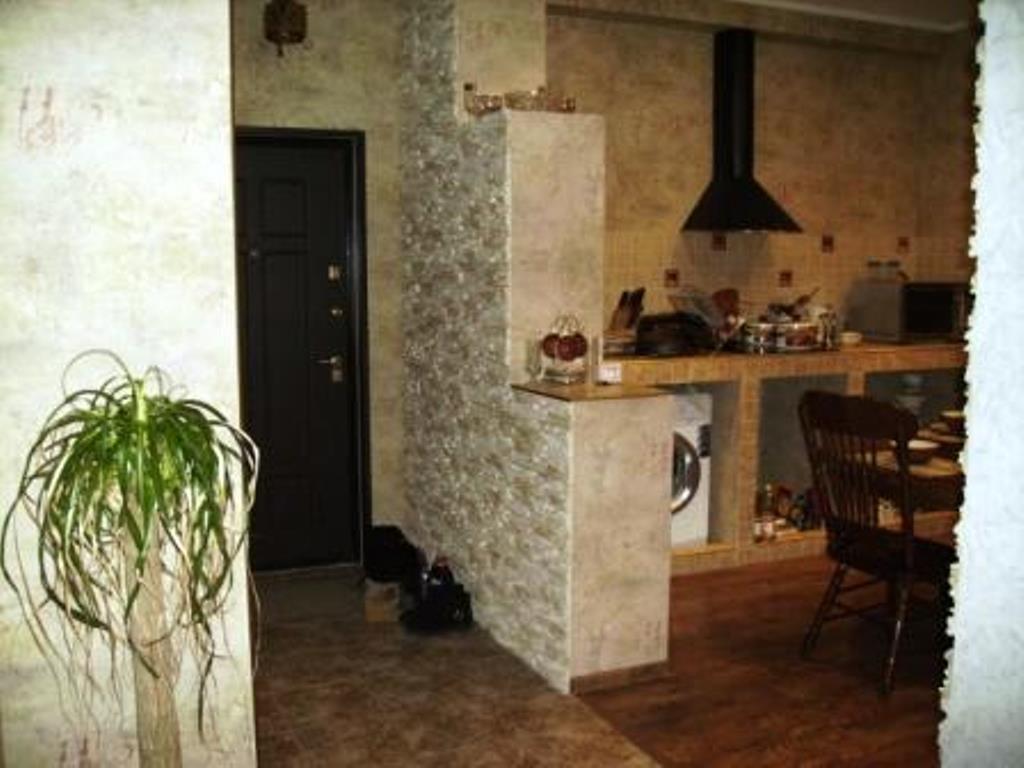 2-комн. квартиры г. Сургут, Иосифа Каролинского 12 (мкрн 30) фото 2