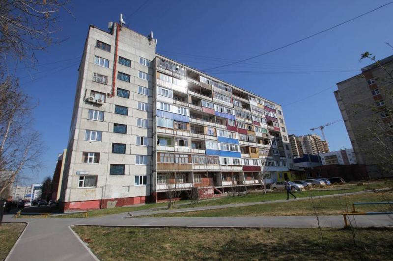 Комнаты г. Сургут, Мелик-Карамова 74б (р-н Восточный) фото 1