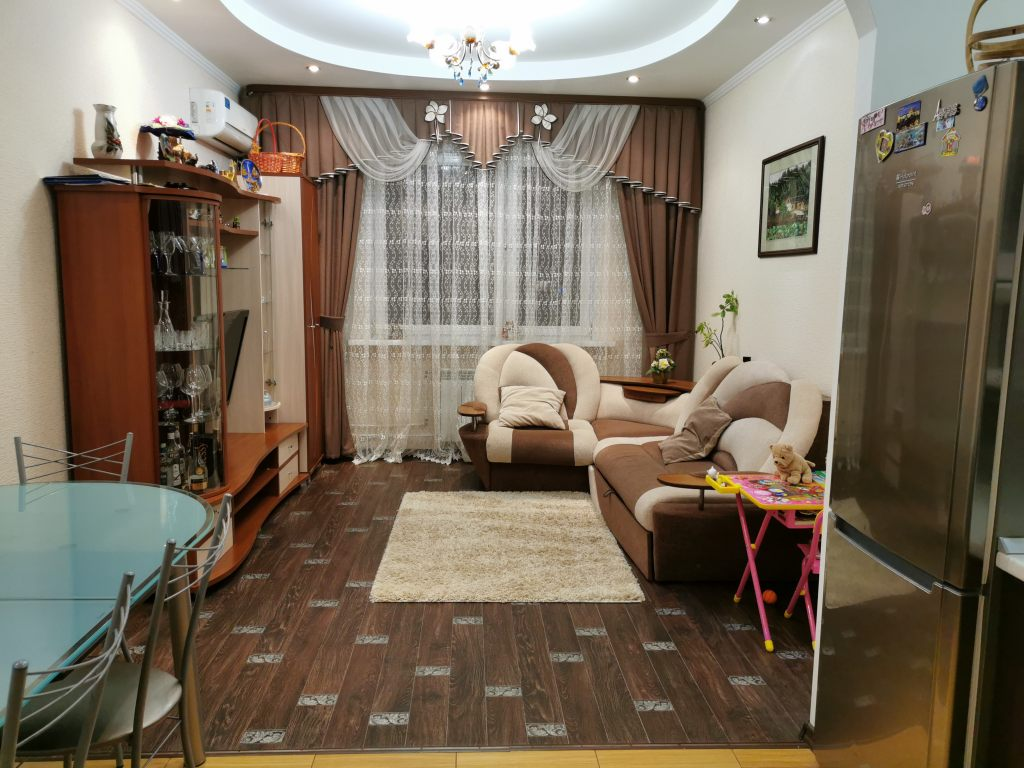 2-комн. квартиры г. Сургут, Иосифа Каролинского 9 (р-н Северо-восточный жилой) фото 1