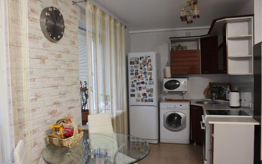 2-комн. квартиры г. Сургут, Бажова 21 (р-н Центральный) фото 2